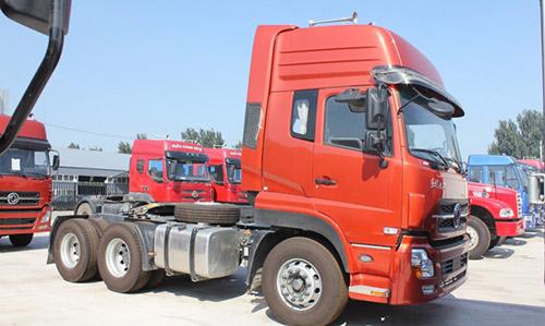 东风天龙重卡340马力6X4牵引车DFL4251A9