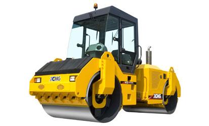 徐工XD111液压驱动双钢轮振动压路机
