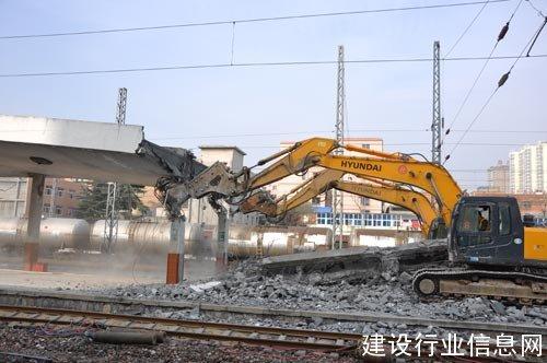 中铁七局郑州公司南阳站房项目部