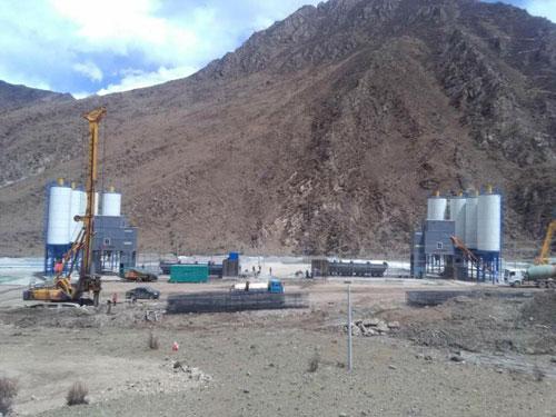 方圆搅拌站服役雪域高原为藏区建设做贡