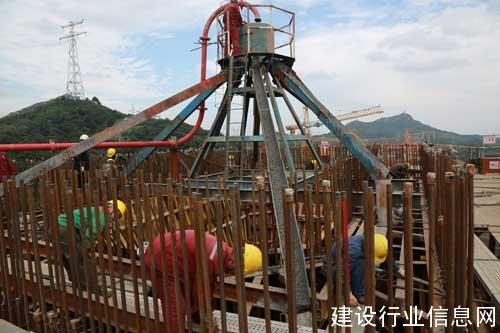 镇江长江大桥4号墩首