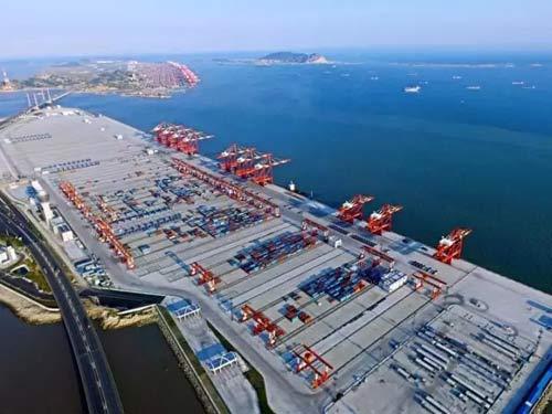 今天被全世界围观的这个港口到底厉害在哪?
