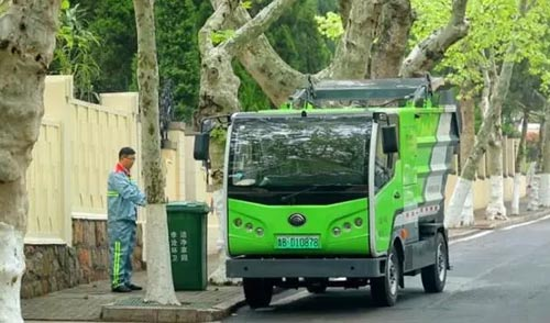 宇通新能源环卫车助力青岛上合峰会