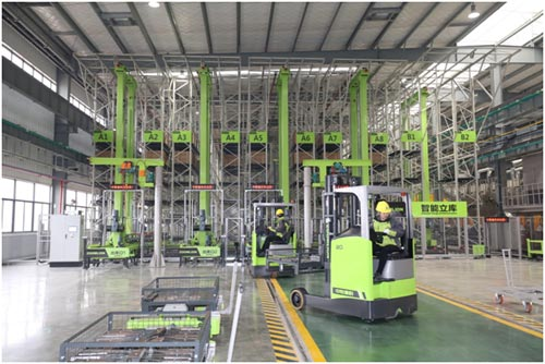 全球最大塔机智能工厂开园  中联重科引