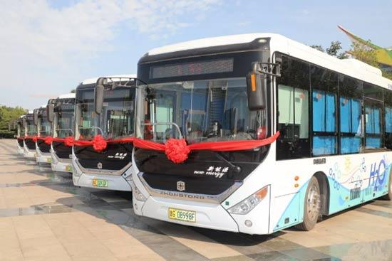 潍柴氢燃料电池公交车正式批量运营 助力潍坊