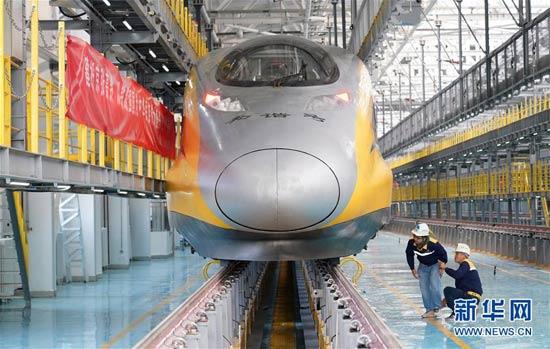 京张高铁北京北动车所投入使用