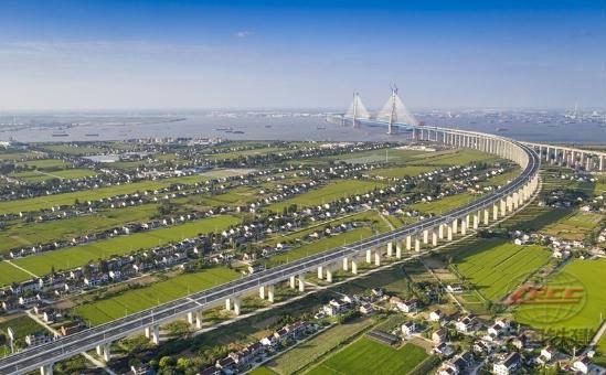 中铁十五局城建公司锡通高速项目
