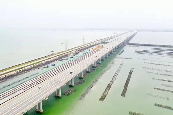 中交一航局承建:广东玉湛高速东