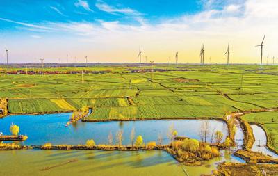 风力发电绿色新能源产业助力脱贫攻坚