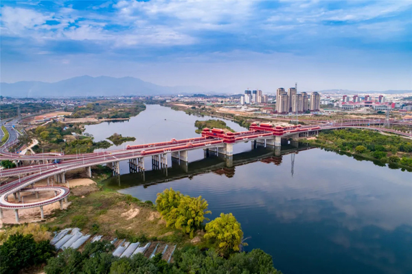 二航造!福建省漳州市金峰大桥正式建成通车