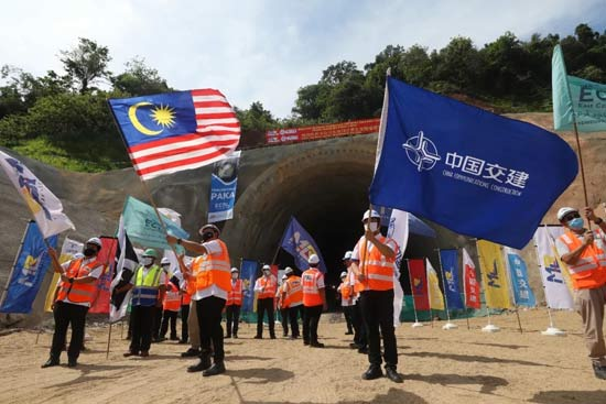 重大节点!马东铁项目首座隧道双