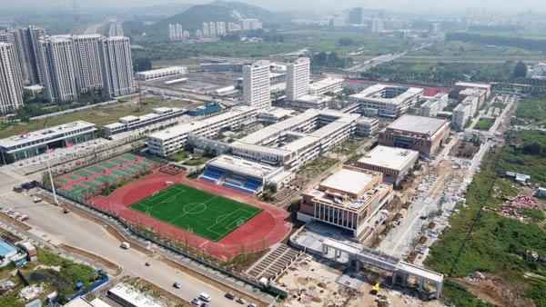 中建二局承建的华东师范大学淮北港利实