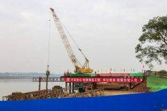 江西省吉安市神岗山大桥开工建设